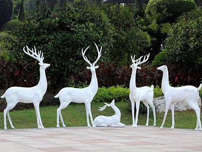 園林玻璃鋼雕塑哪家有_河北玻璃鋼園林雕塑制作廠家