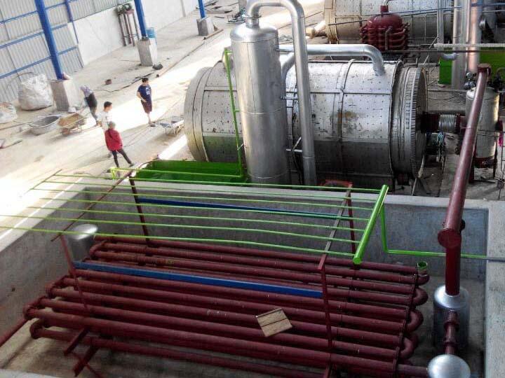 废塑料提炼油-具有口碑的半连续化废塑料炼油设备生产厂家在河南