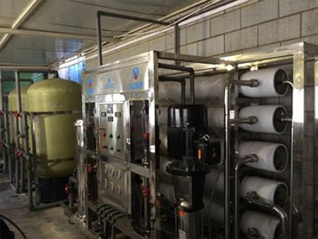 甘肅反滲透水處理廠家-規模大的凈水設備生產商