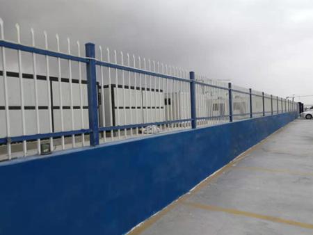 陕西锌钢栏杆批发-好用的西安锌钢护栏哪里买