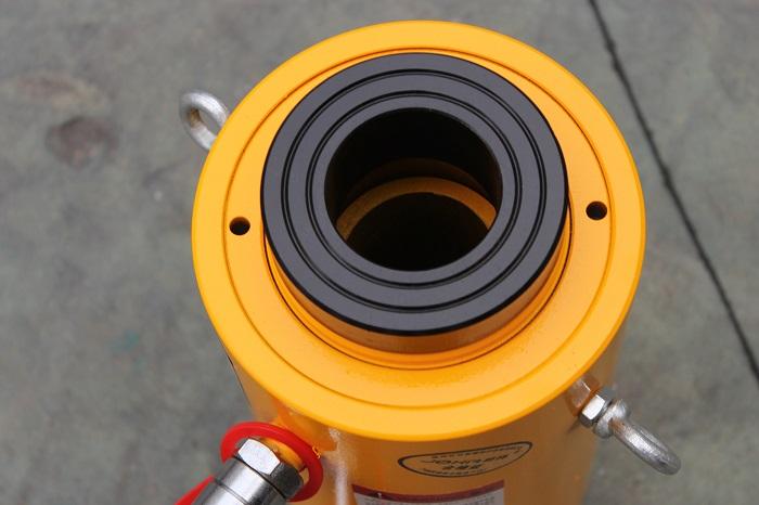 優惠的雙作用空心千斤頂-質量好的巨邦機械單作用空心千斤頂供應信息