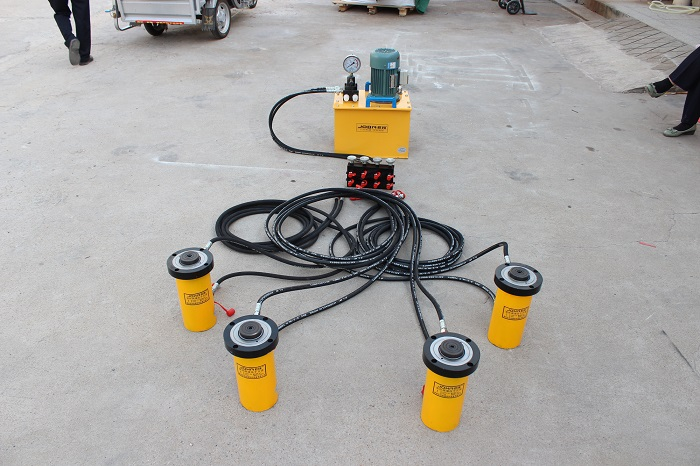 同步液压千斤顶制造-新款PLC同步控制电动液压千斤顶在哪可以买到