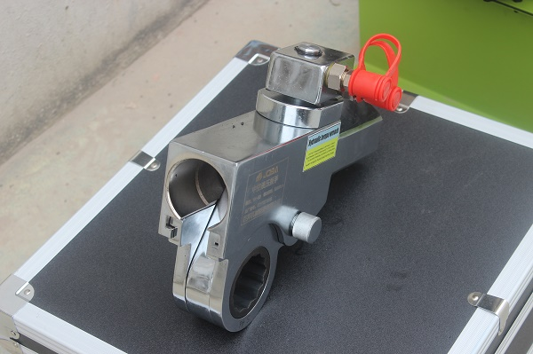 輕型中空扳手360度轉向|質量好的巨邦機械中空式液壓扭矩扳手批發價格