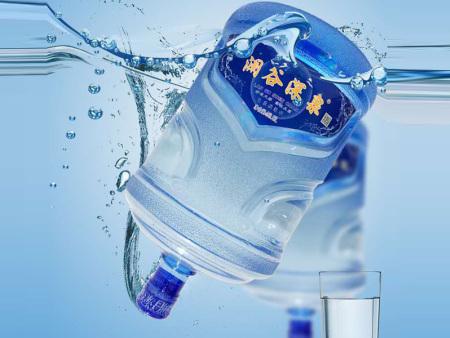 沈阳送水公司:科学合理饮用矿泉水的方法
