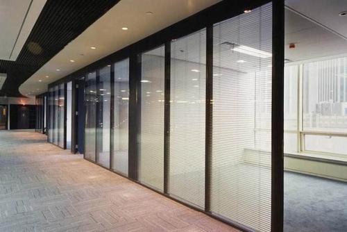 哈尔滨隔断玻璃-选哈尔滨与泰玻璃购买
