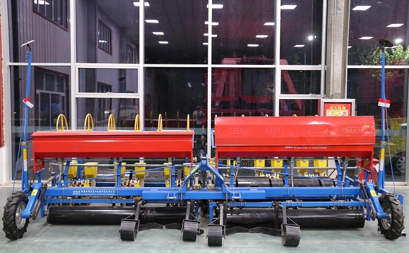 哈密长征是播种机出自|选购专业的新疆气吸式播种机就选钵施然农业机械
