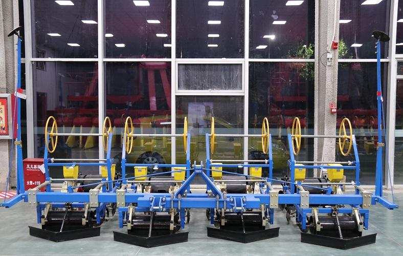 哈密手推式播种机-专业的新疆气吸式播种机供应商