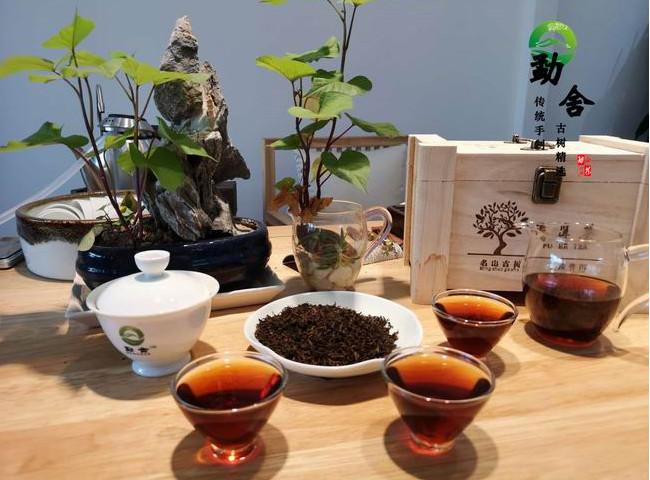 尚廷坊茶庄普洱茶_昆明超值的1992年老熟茶批发供应