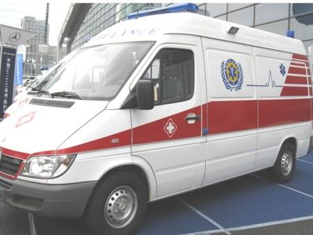 經典款監護型救護車代理_質量好的奔馳凌特Sprinter314救護車當選DS德晟