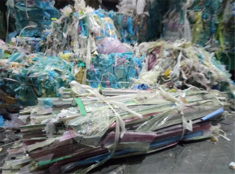 报废玻璃钢回收玻璃钢废料处理公司玻璃钢废料回收