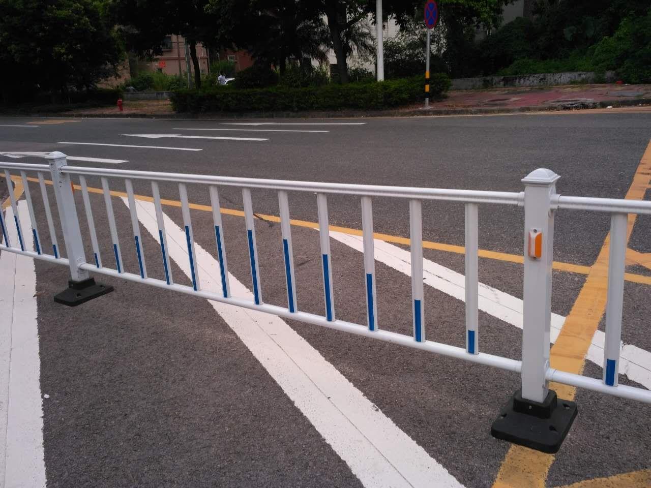 道路隔离护栏生产厂家-衡水哪有卖口碑好的道路隔离护栏