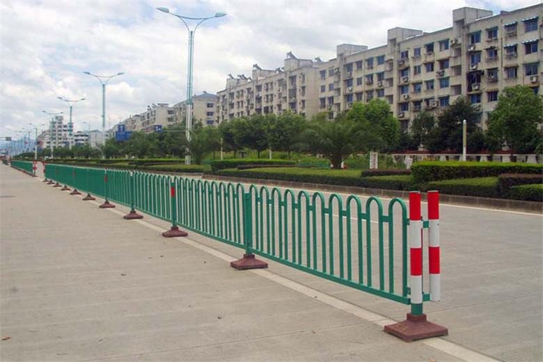 选质量好的交通隔离护栏,就到海创护栏_福建交通隔离护栏