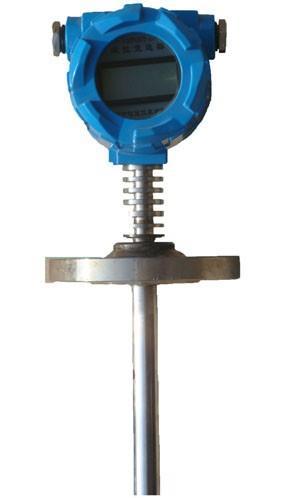 智能電容式液位計長期運行穩定可靠,靈敏度高,線性度好