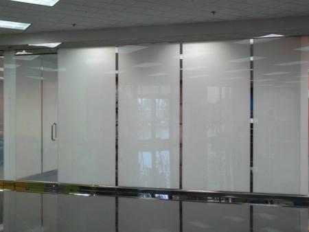 玻璃智能调光膜批发-沈阳玻璃智能调光膜批发