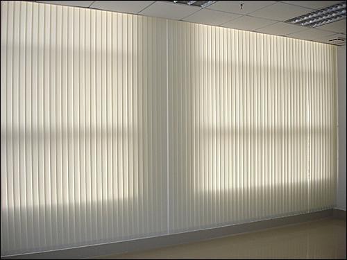 遮光窗簾低價出售-西安辦公室遮陽窗簾安裝-遮光窗簾廠家
