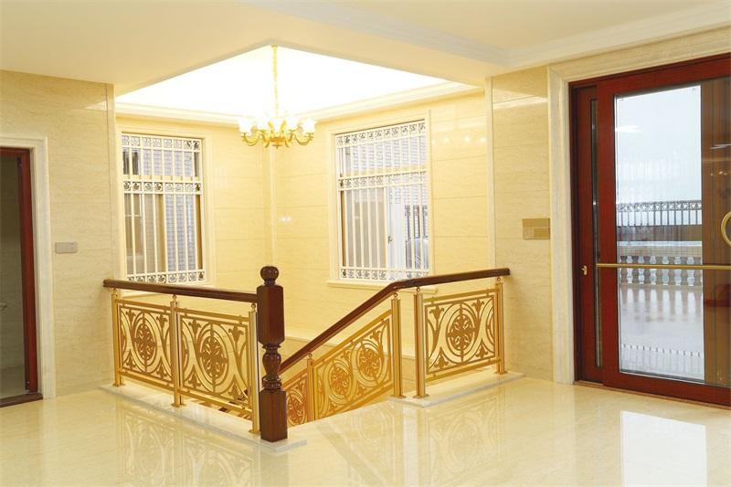 广东护栏供应-出售肇庆超值的铜铝楼梯雕刻护栏
