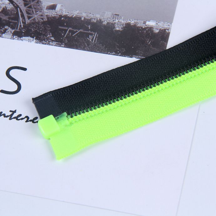 北京童装互拼拉链-高质量的防水�缁テ蠢�链供应商当属日初机械