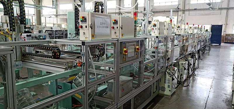 板线机器人