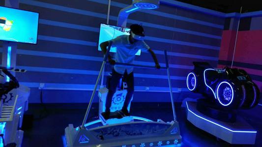 滑雪模拟设施-仿真滑雪模拟设备厂价供货