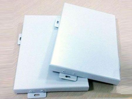 仿铜拉丝铝单板多少钱-潍坊雕刻铝单板价格