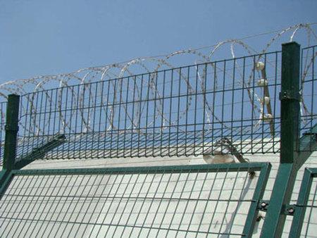 大连护栏网-齐齐哈尔护栏网-双鸭山护栏网