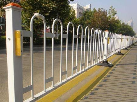 大连公路护栏-盘锦公路护栏厂家-沈抚新区公路护栏厂家