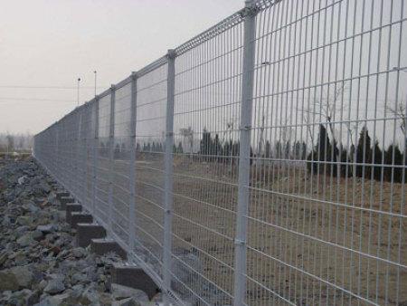 鞍山鐵路護欄-烏蘭察布鐵路護欄-錫林郭勒盟鐵路護欄