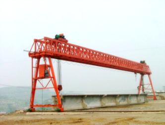 上海900吨提梁机安装公司 好的起重机安装公司推荐
