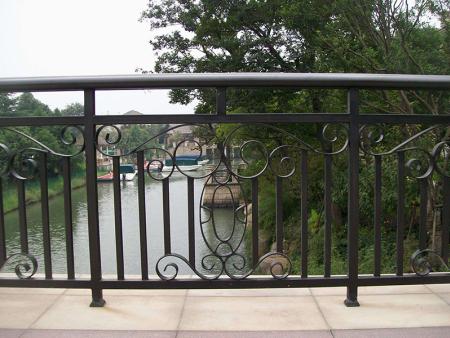 工程护栏-不锈钢护栏-交通护栏-铝艺护栏