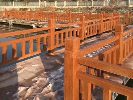 公园仿木护栏