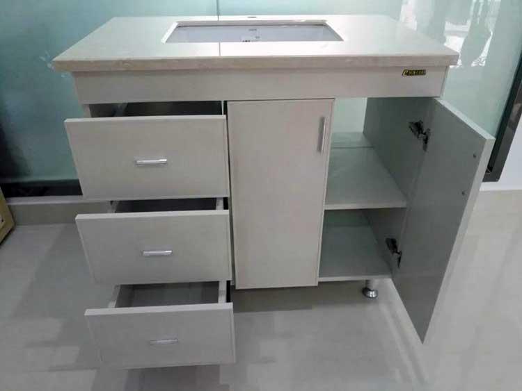 海南浴室柜