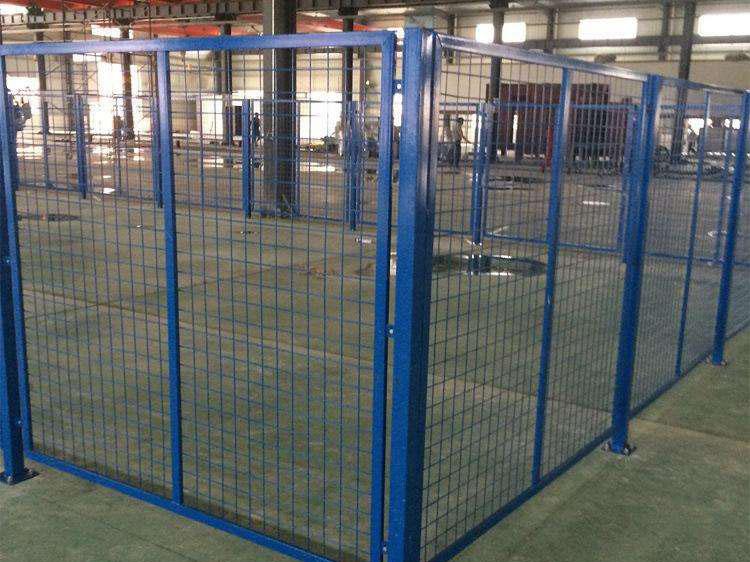 青海圍欄網-報價合理的西寧護欄就在青海勝源金屬絲網制造