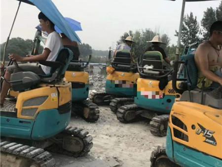 小微挖机出租-微型挖掘机出租-微型小挖机出租