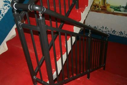 樓梯扶手可信賴_河南品質鋅鋼道路護欄隔離欄供應