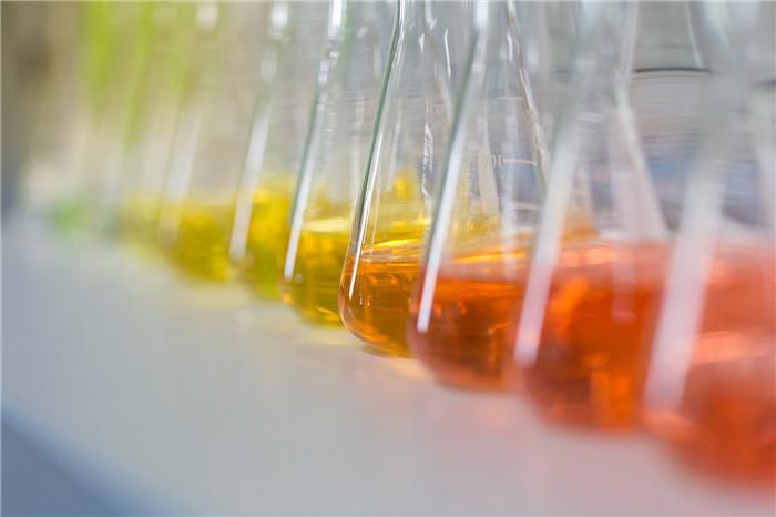 辽宁联苯导热油生产厂是由采用烷基苯、氢化三联苯合成烃为原料
