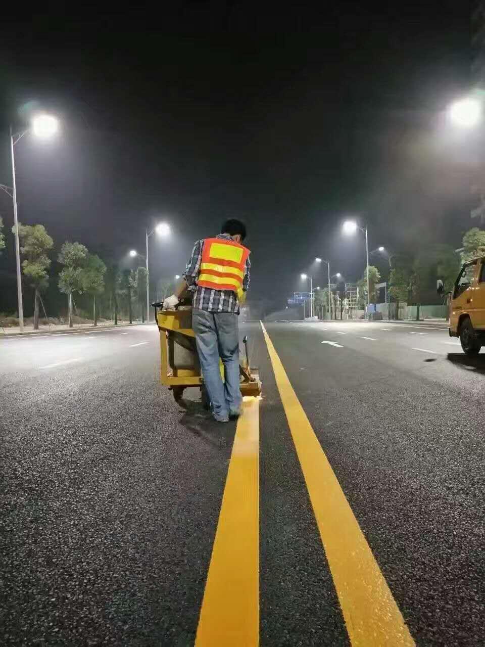 郑州道路标线施工厂家-周口马路划线施工-驻马店马路划线施工