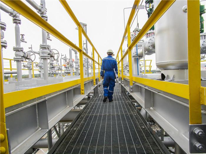 烷基苯生产厂家有阿姆科润滑氢化三联苯导热油,热稳定性好
