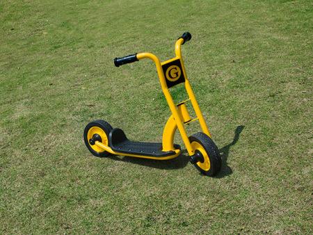 北京儿童多轮脚踏车生产厂家-选购满意的儿童三轮脚踏车-就来童众玩具