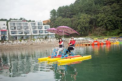 上海脚踏船厂家-广州水上电动船-广州水上电动船厂家