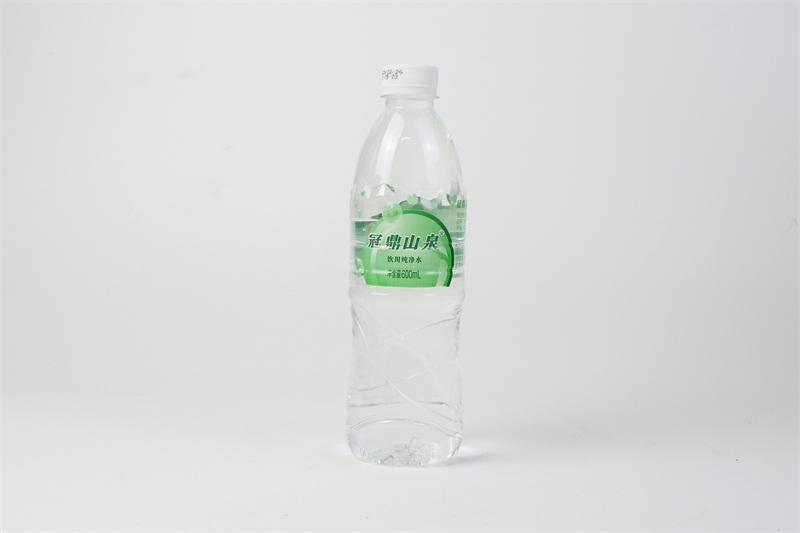 矿泉水哪个牌子好_优惠的冠鼎山泉水冠宏食品饮料亚博竞彩官网