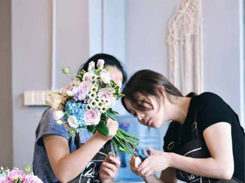 花艺沙龙课-信誉好的花艺培训哪里有