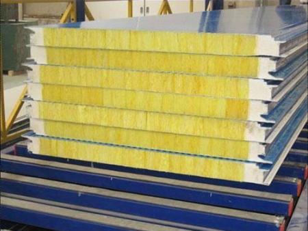 岩棉彩钢板和玻璃棉彩钢板的区别有哪些?