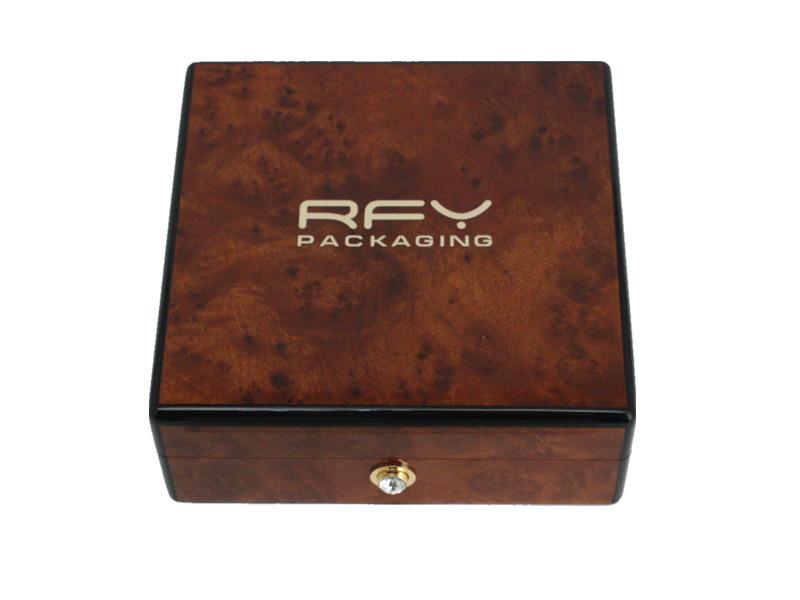 东莞16年包装盒工厂专业设计定制高品质精美礼品木盒