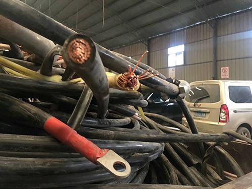废旧木材回收-西安废旧物资回收价格