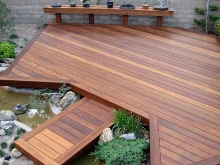 陜西防腐木地板批發-防腐木木地板的鋪設方向