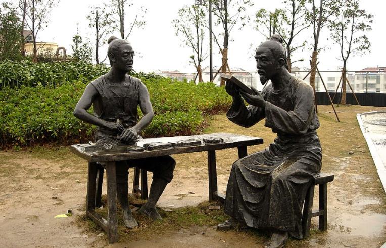 南陽雕塑廠:園林石雕都有哪些分類?