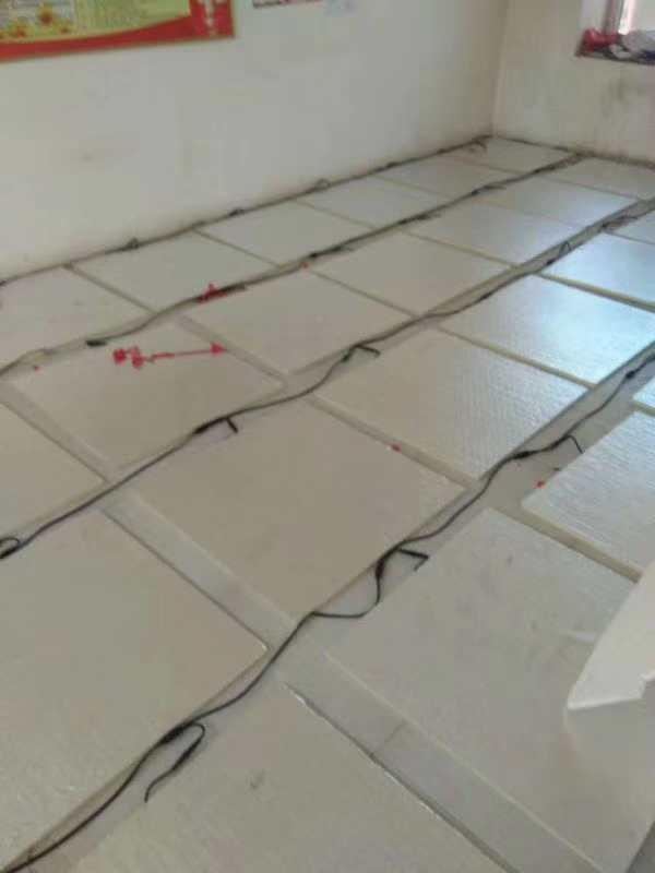 兰州电热膜兰州碳纤维发热瓷砖甘肃发热木地板
