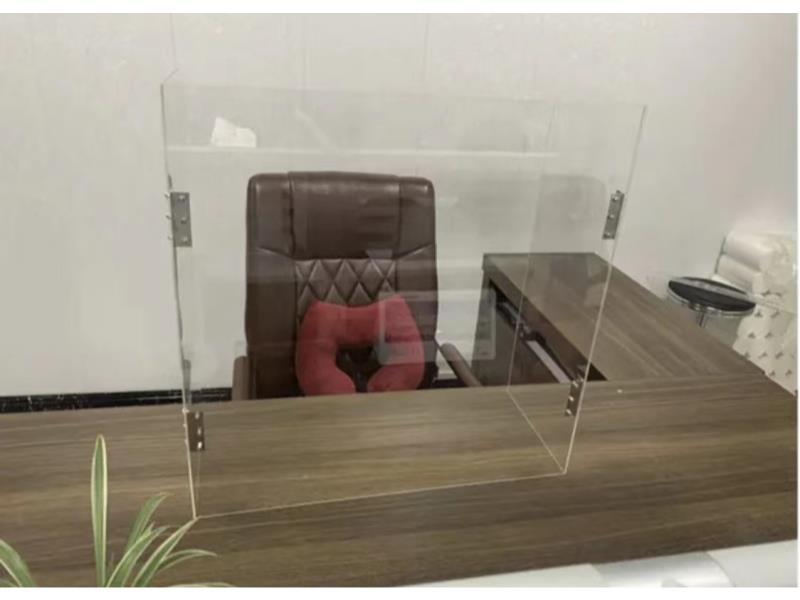 用餐隔離板安裝-隔離板認準昀立防護設備-質優價平