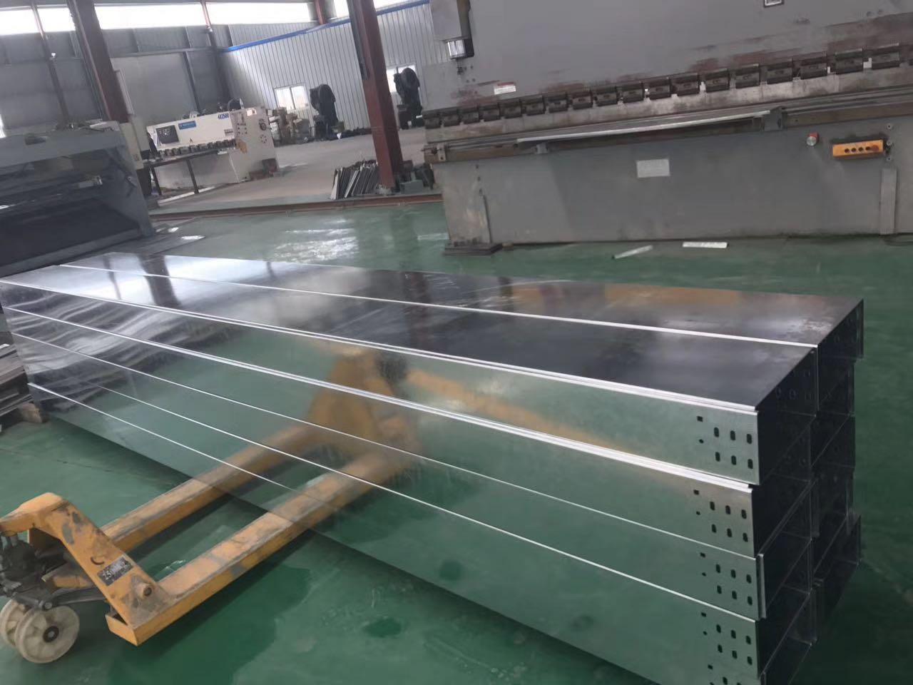 信阳槽式桥架价格_郑州口碑好的槽式电缆桥架供应商