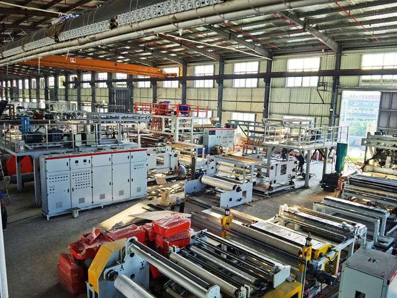 一條熔噴布生產線多少錢-深圳哪里有品牌好的熔噴布機器設備生產線廠家